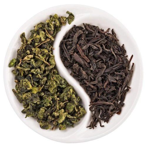 liście czarnej i zielonej herbaty
