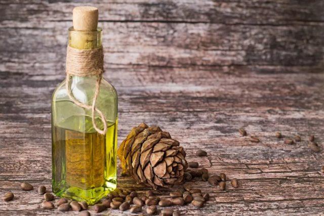 Olejek cedrowy do włosów: zastosowanie w kosmetologii, recenzje