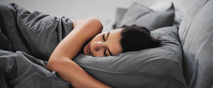 Joga przed snem: 5 asan jogi dla zdrowego snu