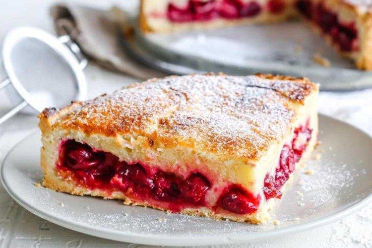 Ciasto cytrynowe z wiśniami - przepisy kulinarne