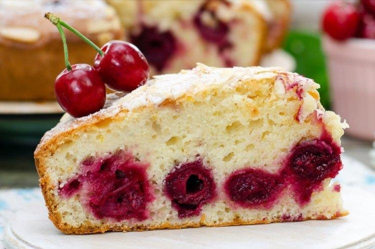 Najszybszy placek wiśniowy - przepisy kulinarne