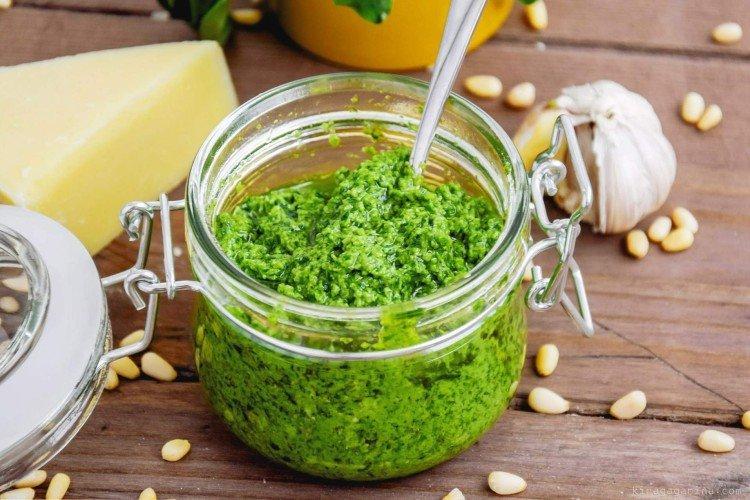 Klasyczny sos pesto - przepisy w domu