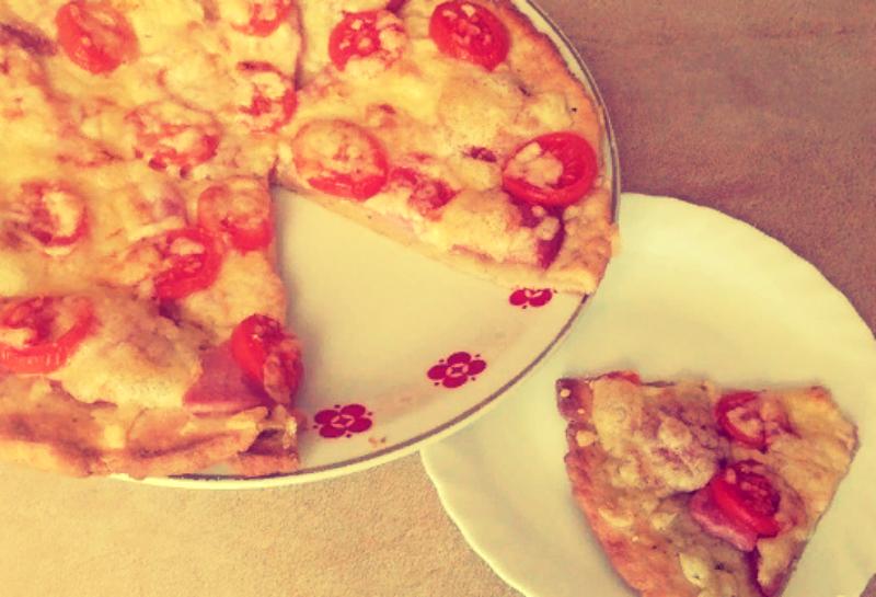Pizza z twarogiem przepis krok po kroku ze zdjęciami